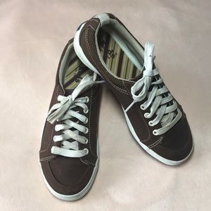 Keds Brown Sneaker With Arch Support